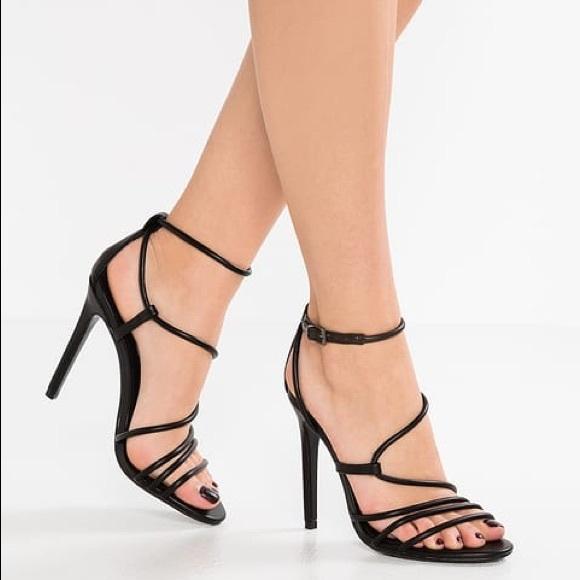 Cheap Steve Madden Smith Black High Heeled Sandals for Women On Sale